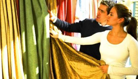 备战秋天装修季 教你怎样选购舒适温馨的窗帘